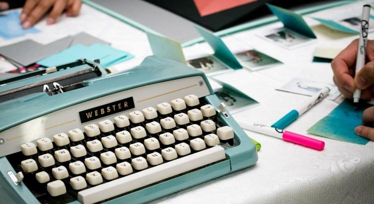 typewriter-1791834-1